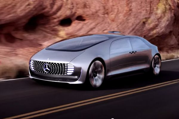 Mercedes F 015- Concept or Reality?