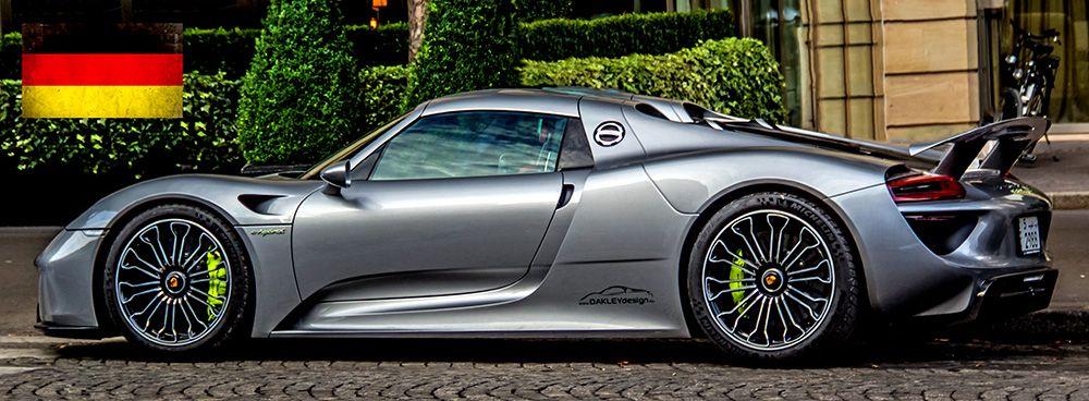 A Porsche 918 Oakley Design
