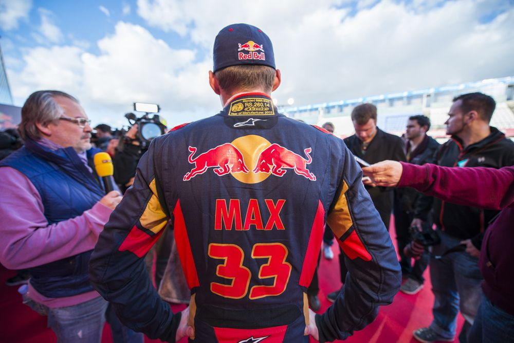 max33
