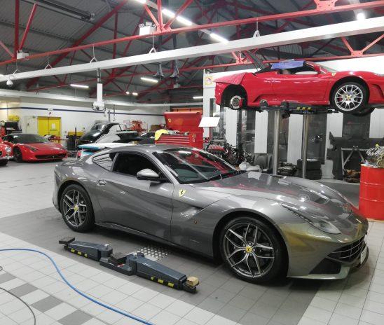 Ferrari F12 – Sports Exhaust System by Novitec
