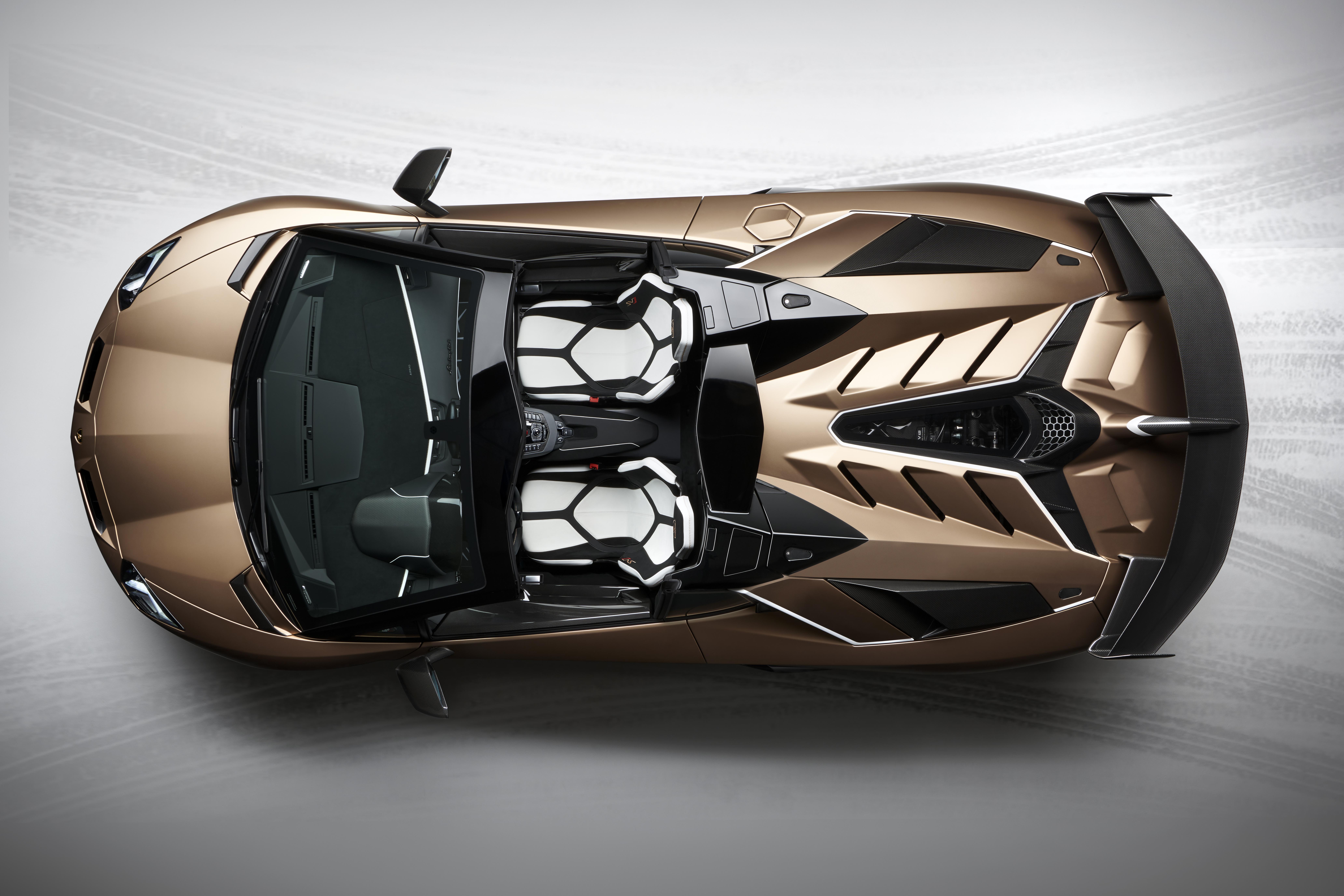 Lamborghini Aventador Svj Roadster Revealed Scuderia Car