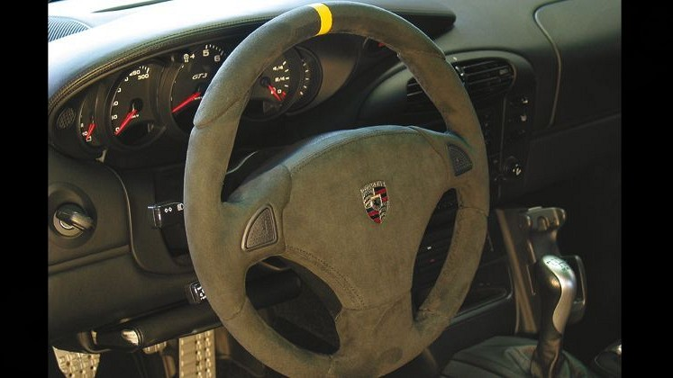 Airbag Sport Steering Wheel - RACE Image 2