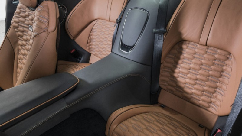 Startech Leather interior Image 3