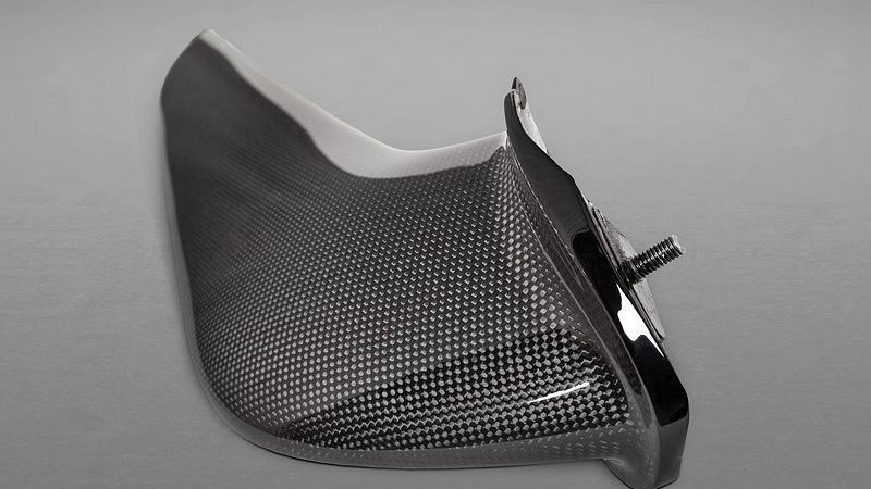 Front Wings in Carbon Fibre Image 5