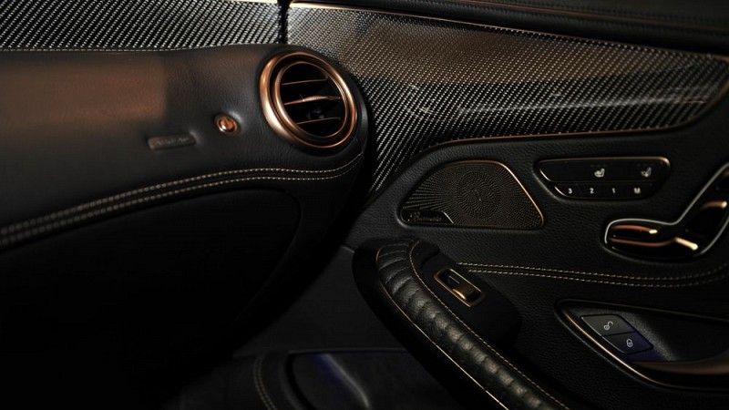 Dashboard (Leather/Alcantara) Image 3