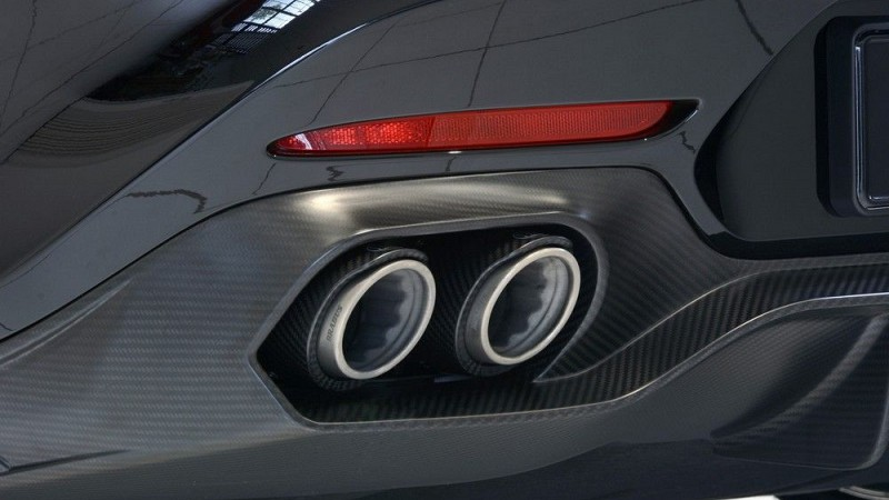 Rear Diffusor (Carbon) Image 3