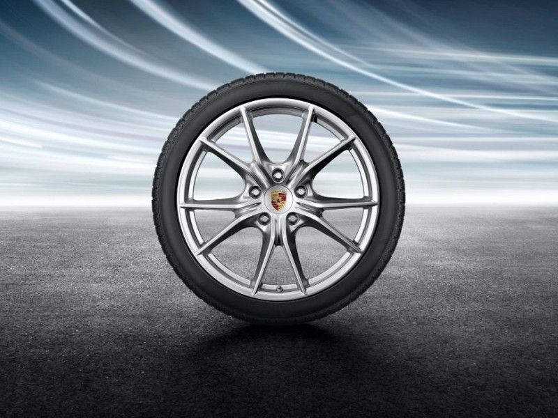 20-inch Carrera S winter wheel-and-tyre set Image B