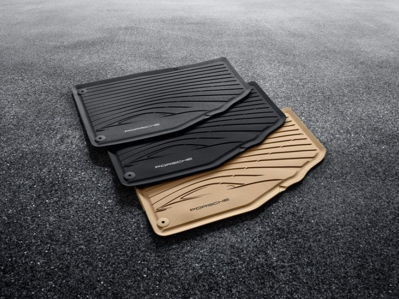 All-weather floor mats Image B