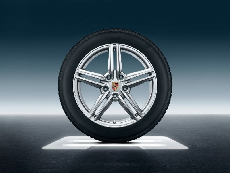 19-inch Cayenne Design II winter wheel-and-tyre set Image B