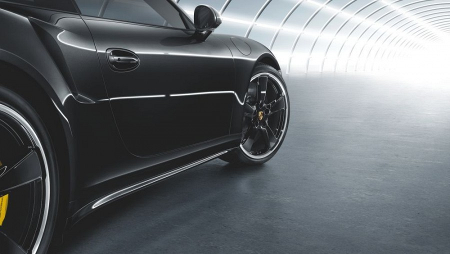 Accessories   Painted side skirts for Porsche 991 Targa 4
